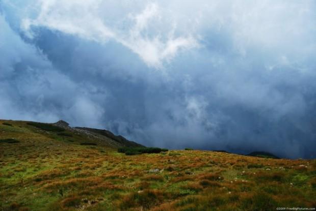 YRTW  Mountain Storm